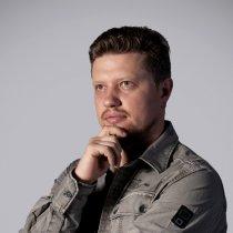 Владислав Кутуєв